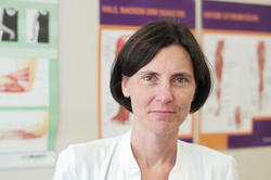 Andrea Kühn heads the Movement Disorders unit at Charité's Department of Neurology with Experimental Neurology. She is a board member for the NeuroCure Cluster of Excellence.