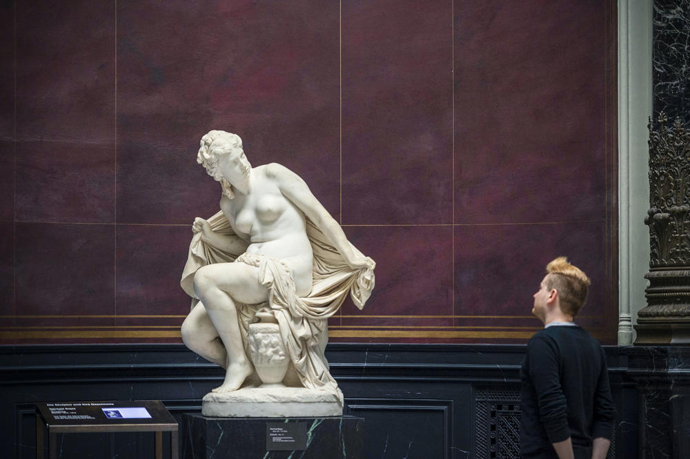"The figure ""Susanna"" by sculptor Reinhold Begas is in the Alte Nationalgalerie Berlin. It was part of the art collection of the German-Jewish publisher Rudolf Mosse."